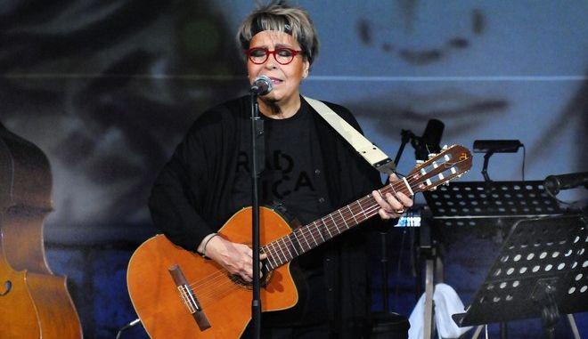 Δήμητρα Γαλάνη: Τι απαντά στις κατηγορίες ότι κάλεσε την ΕΛΑΣ για την κοινωνική κουζίνα